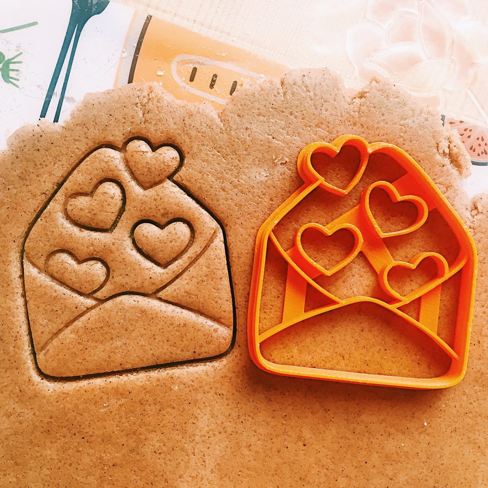 Envelope with hearts Cookie Cutter